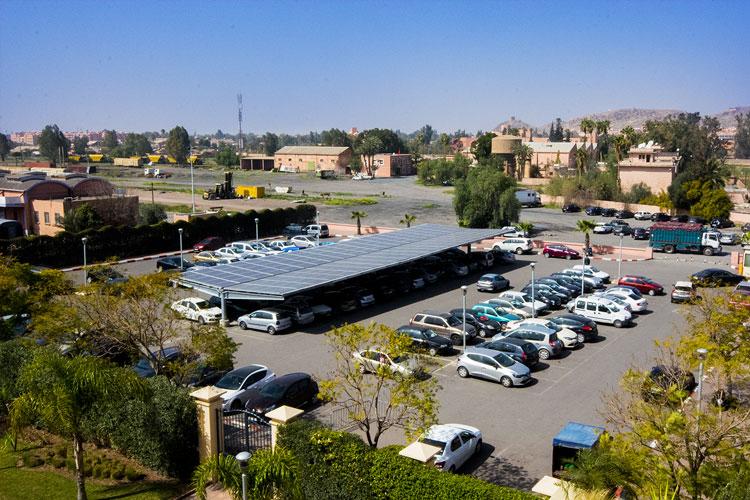 Ombrière parking à la gare de Marrakech - Maroc